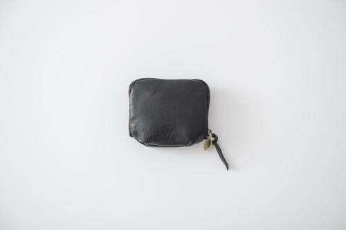 MUJI : accessory case.