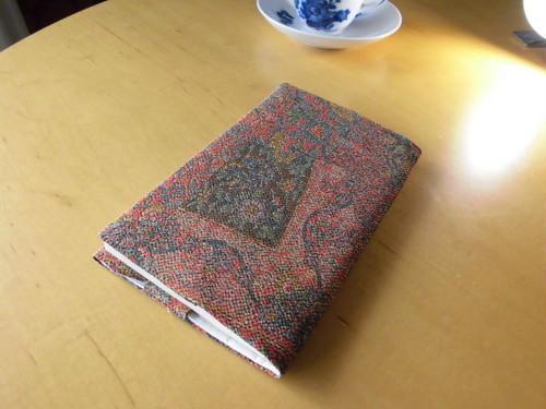 新書サイズ未使用更紗小紋着物からブックカバーA