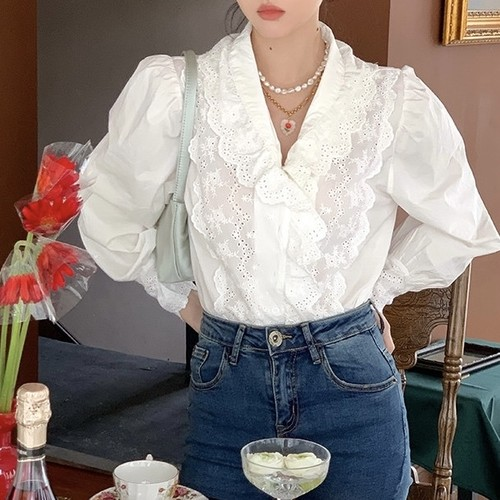 classical lace v line blouse
