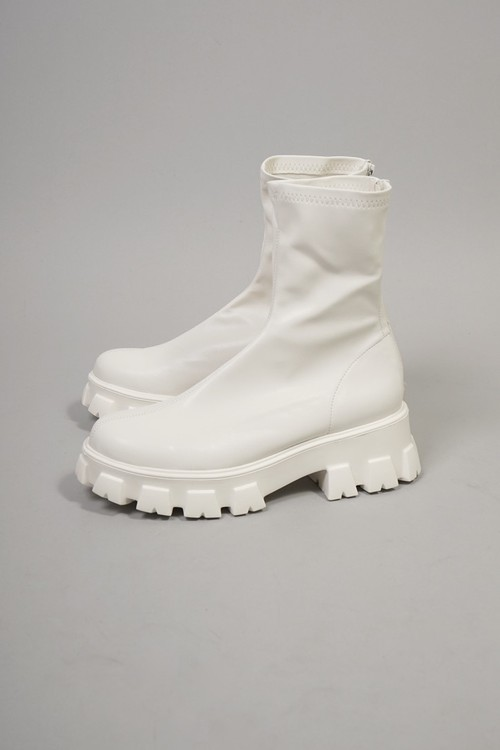 RUBBER SOLE STRETCH SHORT BOOTS (WHITE) 2109-43-6