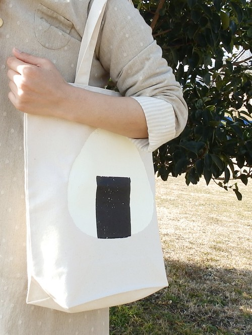 こちらも限定色あり!Onigiri printrd tote bags M size
