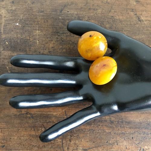 マーブルオレンジ色のイヤリング