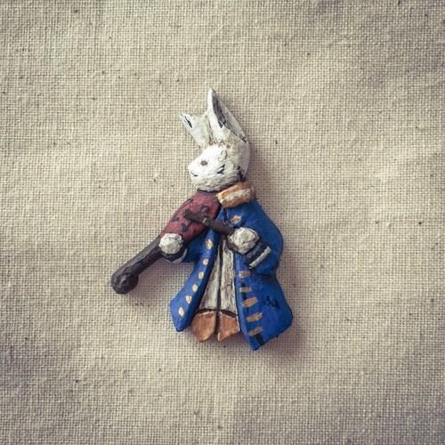 ブローチ 鈴鳴の楽団 - バイオリン