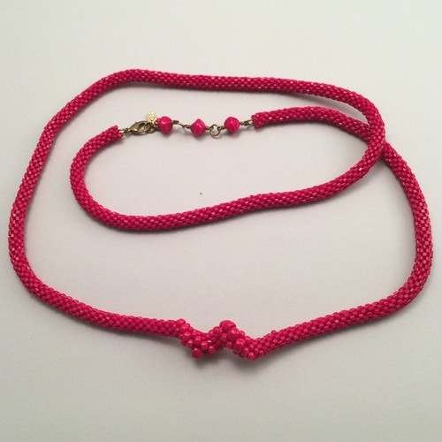 ビーズクロッシェ Pulsation necklace red