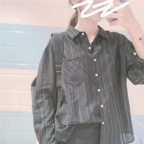 【トップス】合わせやすい気質良い薄型着瘦せシャツ