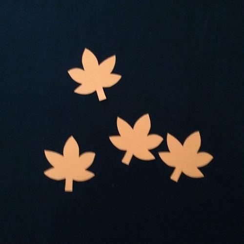 もみじ(オレンジ)の壁面装飾(4個)