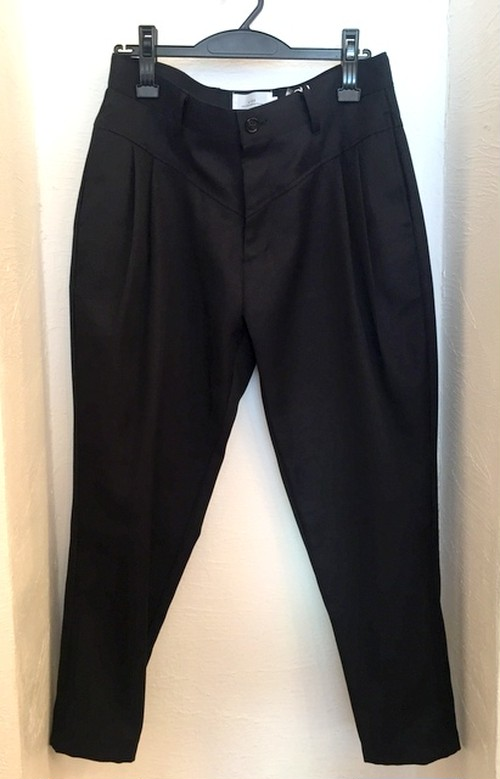 Stretch Twill Tapered Cropped Pants Black