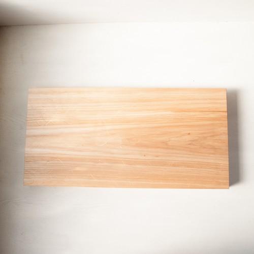 バッコヤナギのまな板 No37 (330×675 h45)