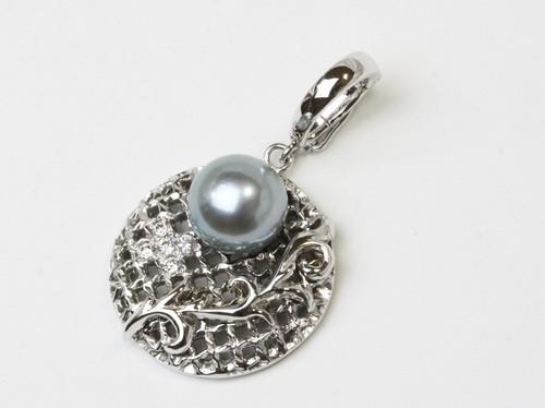 真珠の「格子&唐草の透かし彫」ペンダントリフォーム