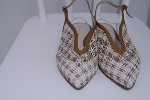 Mame Kurogouchi / Low Heel Mesh Back Band Sandals (BEIGE)