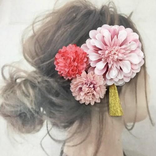薄ピンクダリアタッセル付き   マム  髪飾り  3