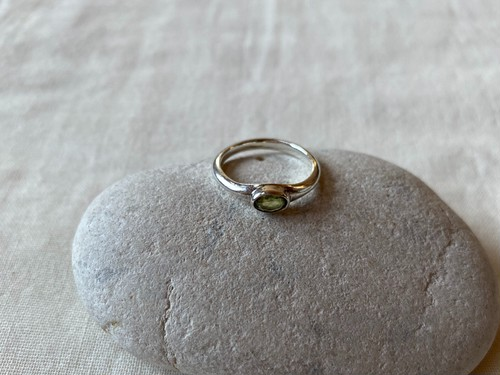 <vintage silver925>peridot oval ring