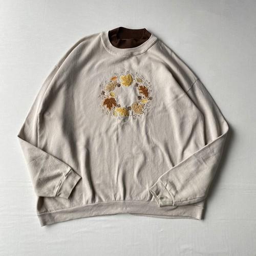 Autumn embroidery sweatshirt
