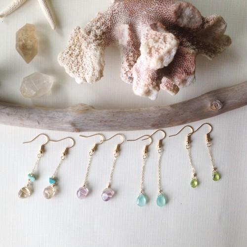 Mini Gemstones チェーンピアス