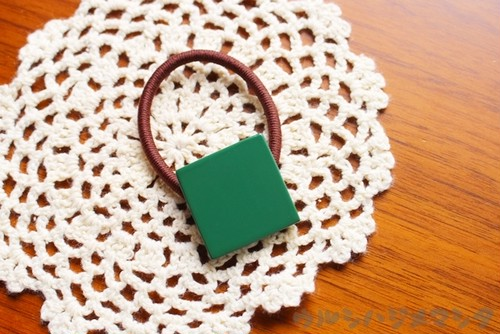 漆のヘアゴム【緑】(四角・大) / Square-shaped hair elastic in green URUSHI[L]