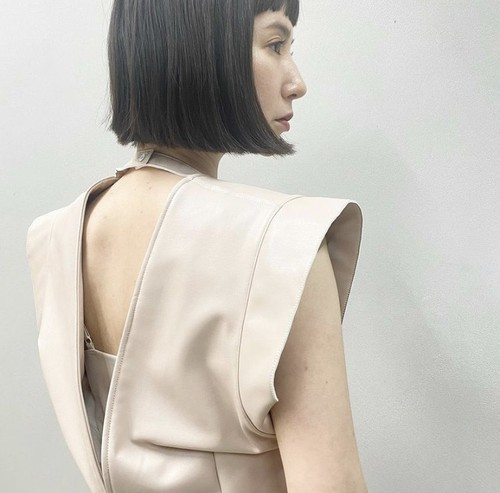 New!! Eco leather Band shoulder gilet /Pinkbeige (2021 New collection)