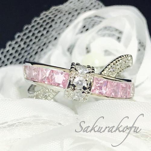 大人気!クロスデザイン×スクエアストーンの絶妙リング ピンクサファイア 指輪 B014