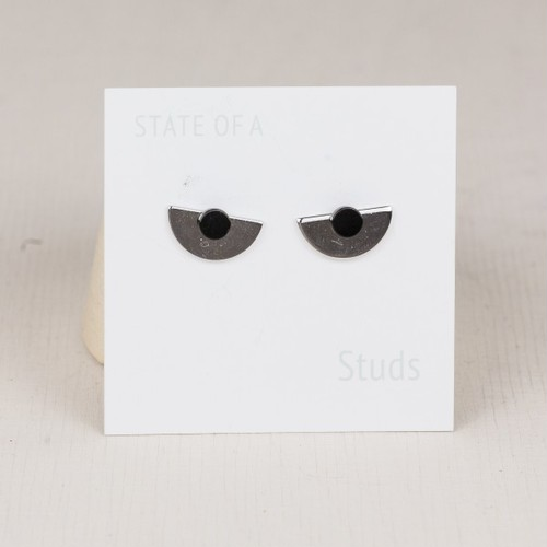 ◇STATE OF A◇ Studs Half Circle Silver 2 in 1 (Item No 10446)