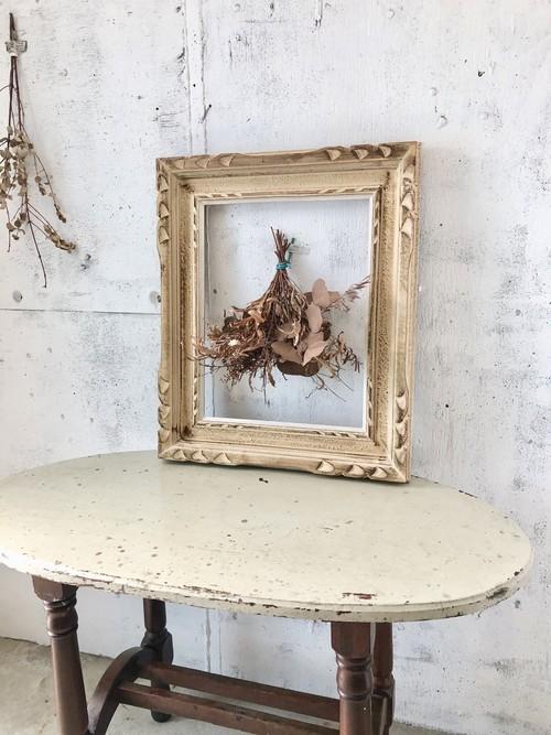 ブロカントな白い木枠[古家具]