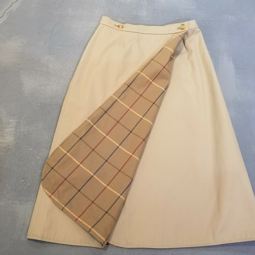 BURBERRYS  Wrap skirt /Made In England [1844]