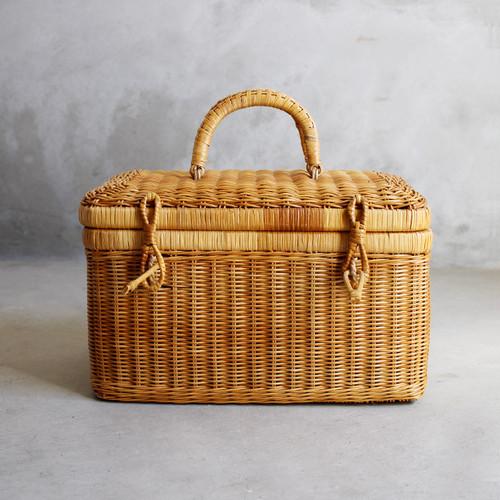 籐かご 籐のバスケット / Natural basket
