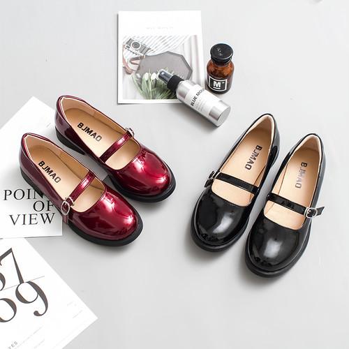 エナメルストラップシューズ 小さいサイズ 大きいサイズ 赤 黒 ピンク  レトロ  ガーリー スウィート キュート  カジュアル  レディース 靴