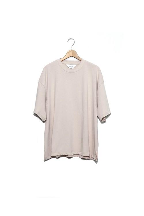 wonderland, Short sleeve T-shirts