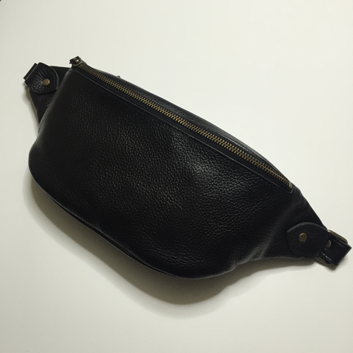 LEATHER BODYBAG