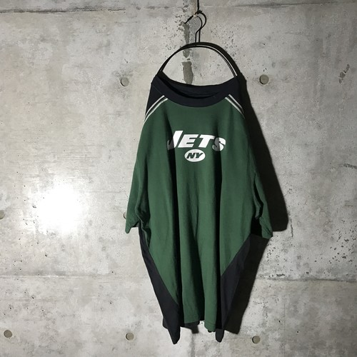 [used] jets switching T-shirt