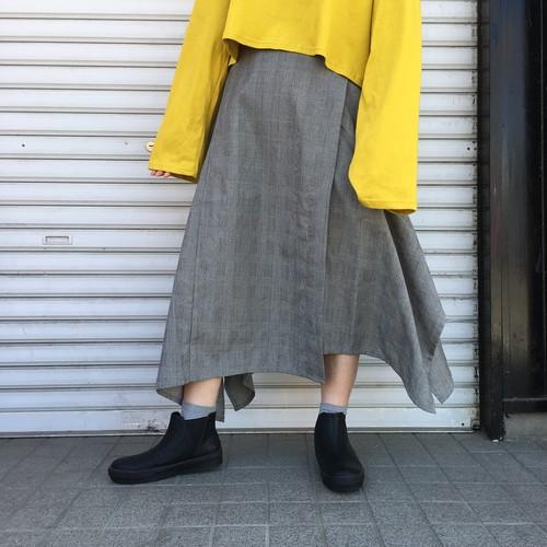 グレンチェック変形スカート