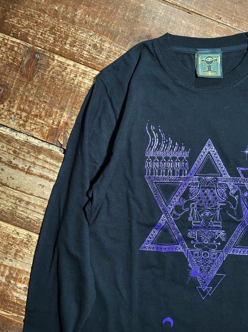『gift』Long sleeve T-shirt バカルマcolor
