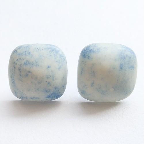 light blue square pierce[p-273]