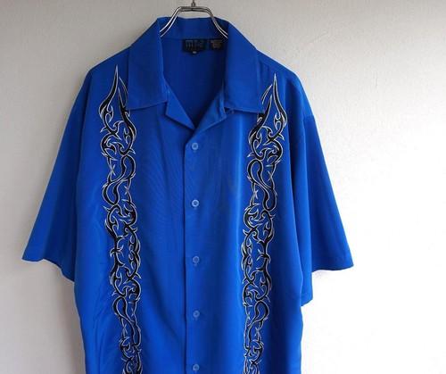 2000's トライバル刺繍 チカーノシャツ ブルー×ブラック 表記(XL)