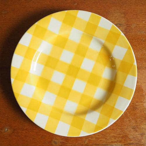 Digoin Sarreguemines(ディゴワン・サルグミンヌ)のイエローチェックのお皿