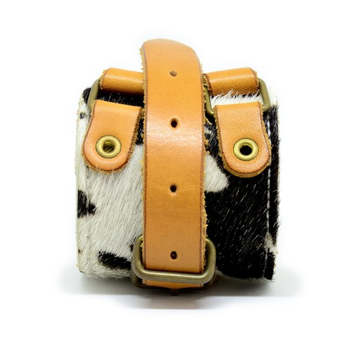 leather wristband (harako)