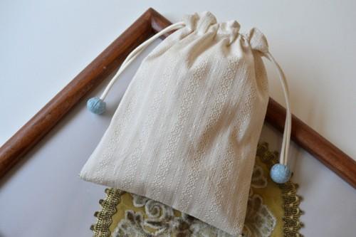 ポンっと入れてバッグの中をすっきりお片付けシンプルが使いやすい・巾着袋 レース スワロフスキー