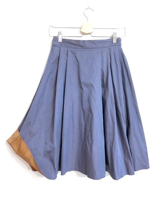 リバーシブルのハリ素材上品スカート ブルーパープル×テラコッタ