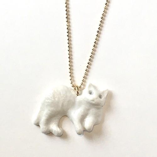 北原裕子:白猫ペンダント