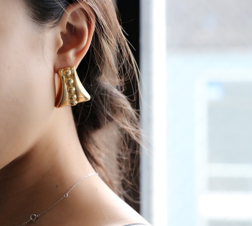 dead stock gold earrings