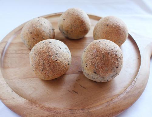 まるパン(ごま 10個入り)