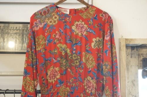 80's Maggy London botanical printed rayon Dress