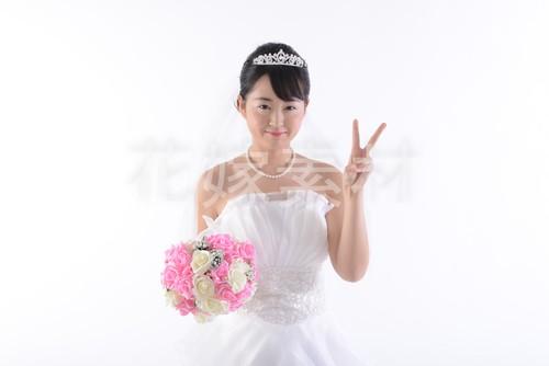 【0100】ブーケを持つ花嫁