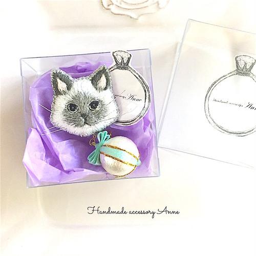 猫ちゃんピンブローチ(ラグドール)