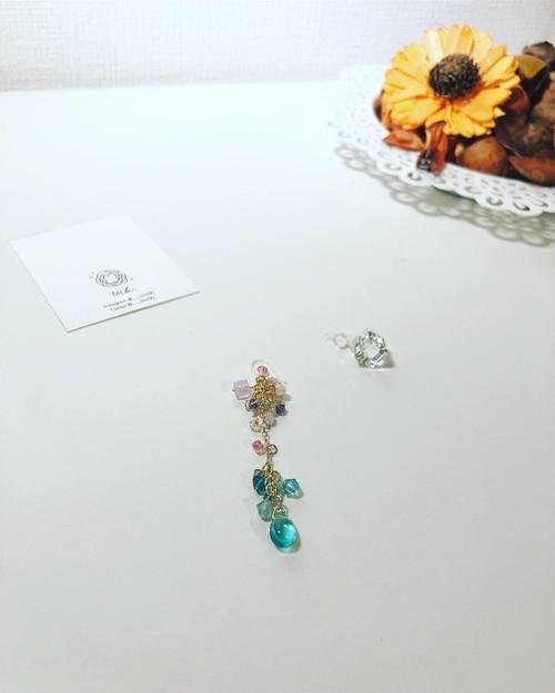 【bloom series】ヴィトラルライトのアシンメトリーピアス