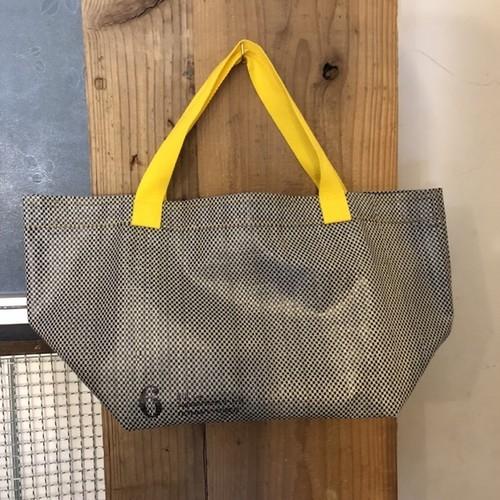 シート素材のバッグ <店頭の人気モノ>
