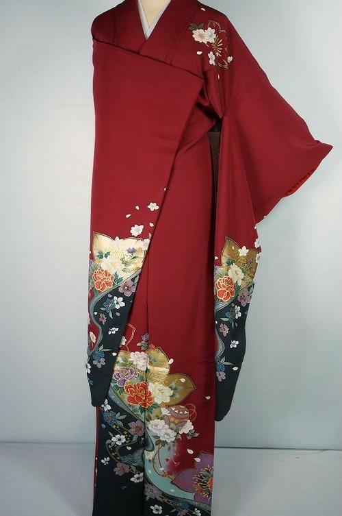 美品 金駒刺繍 ちりめん 牡丹 振袖 正絹 真紅 赤 黒 020