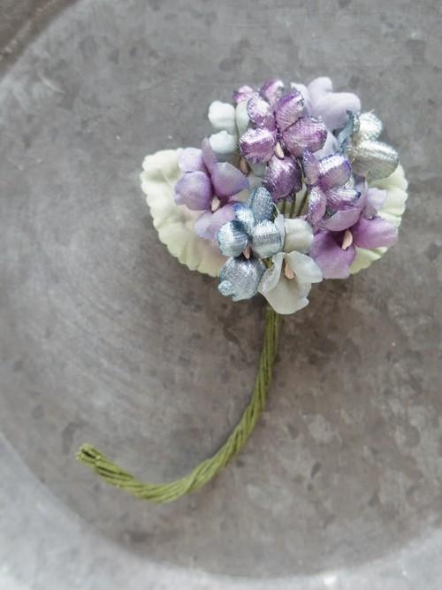 アンティークスタイルの手染め布花コサージュ スミレのグラデーションブーケ n-2