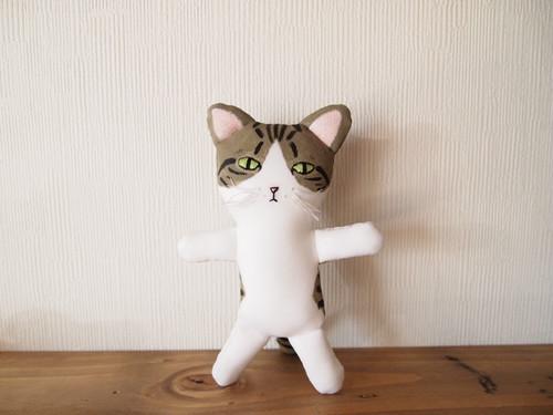 きじ白猫人形