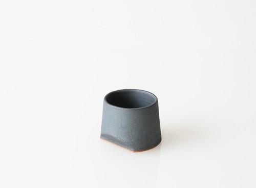 TSUKI カップ 45(瓦食器・ぐい呑・杯)