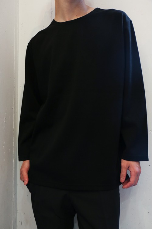Black long sleeve T